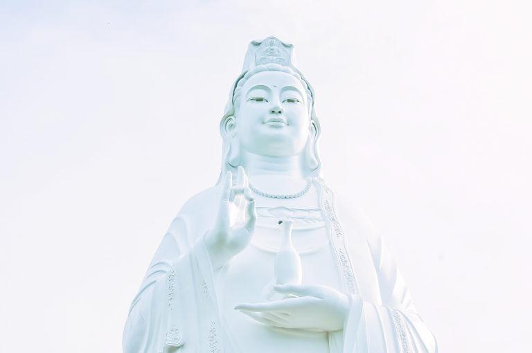 観音様はアンドロイド《現代仏教》