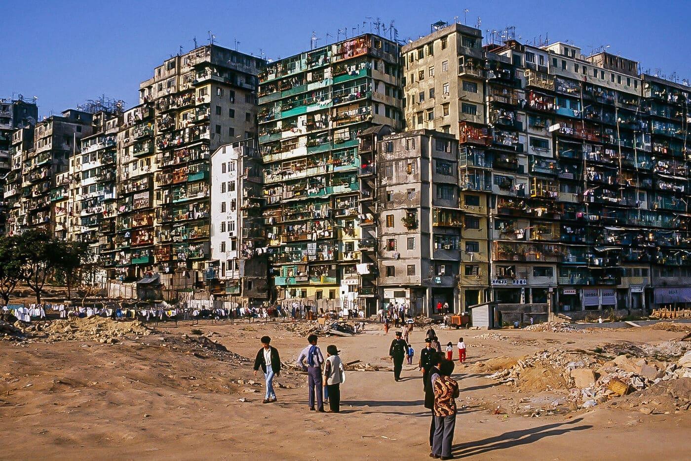 【世界のスラム街】一度入れば二度と出ることができない……かつて実在した東洋の暗黒迷宮「九龍城」<前編>